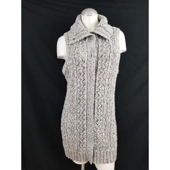 Lane Bryant Sweaters - Lane Bryant Size 14 16 Sleeveless Cardigan